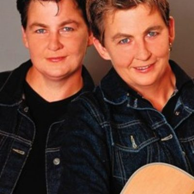 Topp Twins